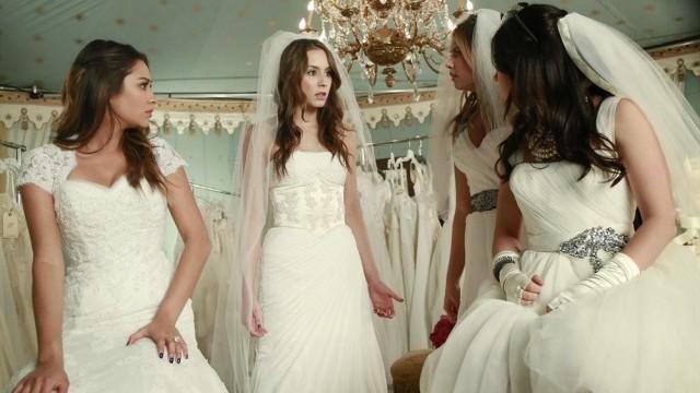 Pretty Little Liars saison 4 épisode 23 : Spencer au centre d'un teaser effrayant