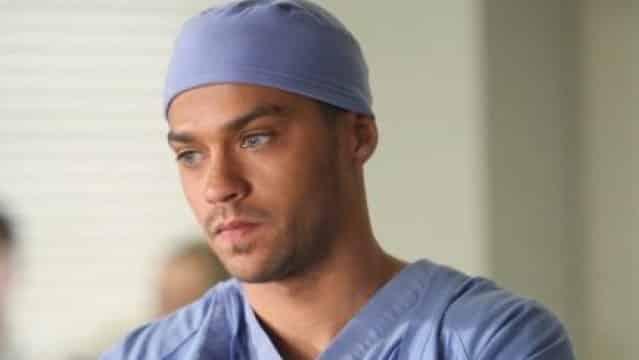 Grey's Anatomy s10e21 : Jackson annonce une mauvaise nouvelle à l'hôpital