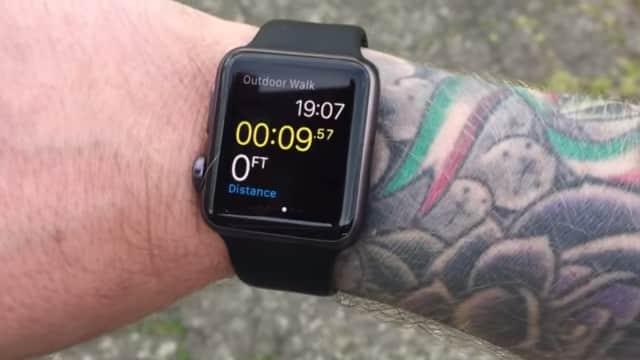 Apple Watch: la montre qui n'aimait pas les tatoués