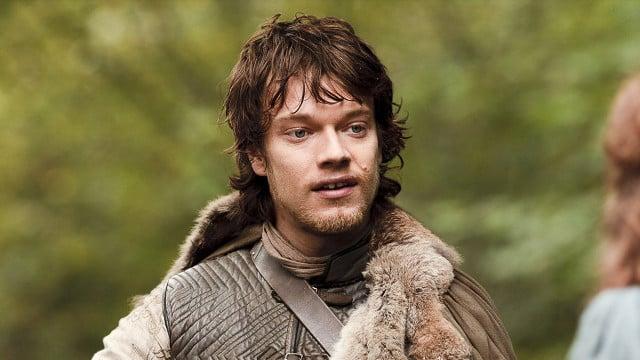 Game of Thrones saison 5: Alfie Allen spoile la scène horrible à venir!
