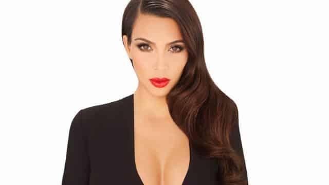 Kim Kardashian cheveux sales elle se lave les cheveux tous ls 4 jours