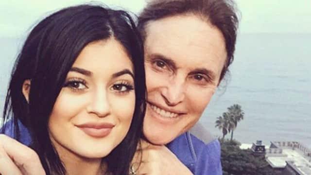 Kylie Jenner contre la transformation de Bruce Jenner Tyga la rassure