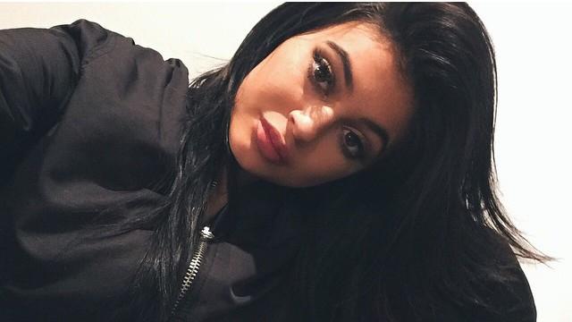 Kylie Jenner s'éclate avec Chris Brown et French Montana après sa rupture avec Tyga