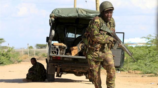 Morning news: 147 morts lors de l'attaque de l'université au Kenya, des ex-otages de l'hypercacher attaque BFMTV en justice et le copilote de l'A320 avait prémedité son acte