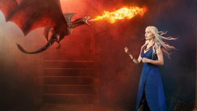 Game Of Thrones saison 5: Daenerys Targaryen, la collègue de bureau idéale!