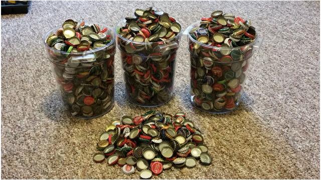 Il-essaie-de-payer-Fallout-4-avec-des-capsules-de-bouteilles