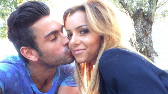 La Villa des Coeurs Brisés : Fidji fait une déclaration d'amour à Ricardo sur Twitter !