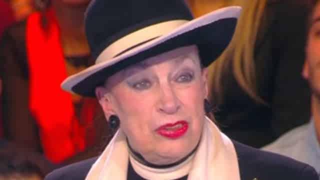 TPMP: Geneviève de Fontenay nue dans l'émission, elle tacle violemment Cyril Hanouna !