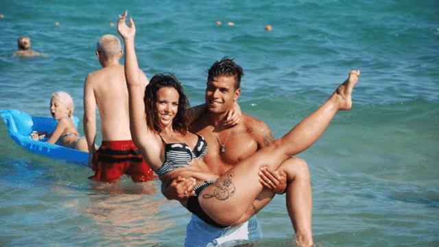 Kelly Helard- Neymar l'a larguée !