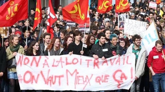 Loi travail: étudiants et travailleurs se mobilisent dans la rue contre la loi El Khomri