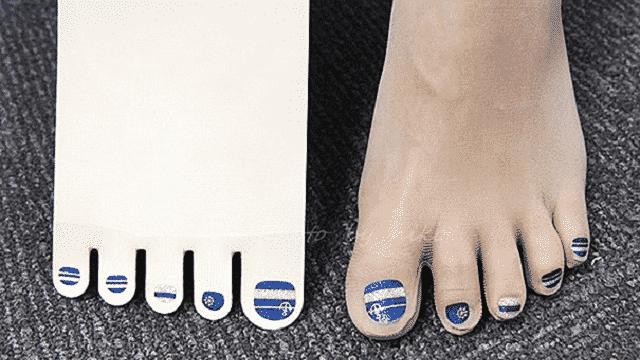 Tendance WTF: les japonais inventent les collants avec vernis intégré !