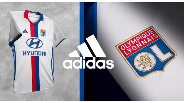 Adidas présente les nouveaux maillots de l'Olympique Lyonnais pour la saison 2016-2017