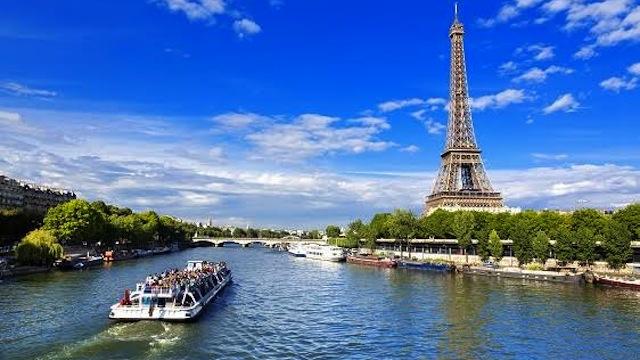 Tourisme : les voyageurs boudent la France cette année