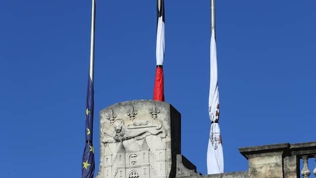 Attentat de Nice: la classe politique française se mobilise en soutien aux victimes