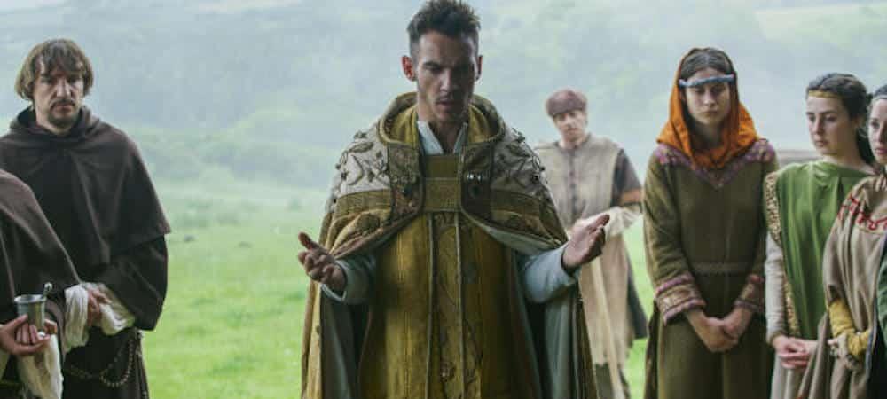 Vikings: Heahmund une menace pour les fils de Ragnar?