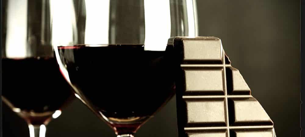 Santé boire du vin rouge et manger du chocolat peut vous aider à rester jeune grande