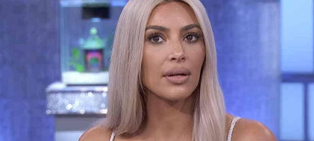Kim Kardashian se fait clasher par ses fans et supprime ses photos de Noel !