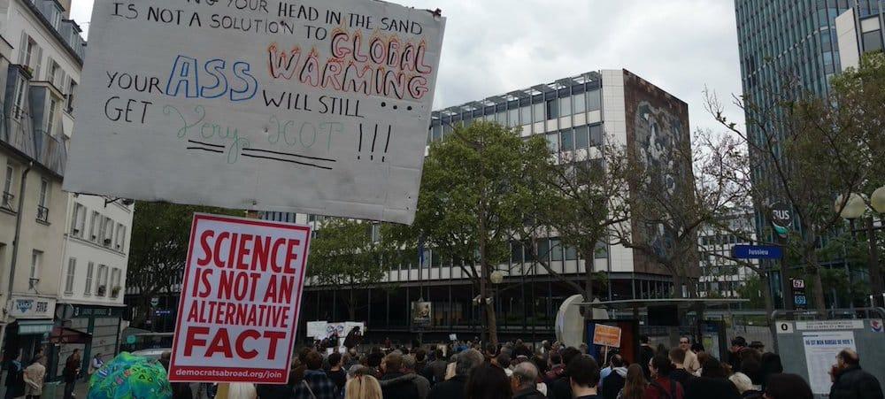 Grèves étudiantes: Le campus de Jussieu à son tour bloqué par les étudiants!