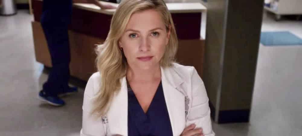 Grey's Anatomy: Arizona prend des vacances à la plage après son renvoi de la série !
