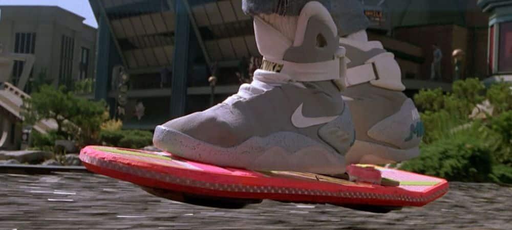 Les Nike auto-laçantes de Retour vers le futur 2 en vente sur Ebay GRANDE