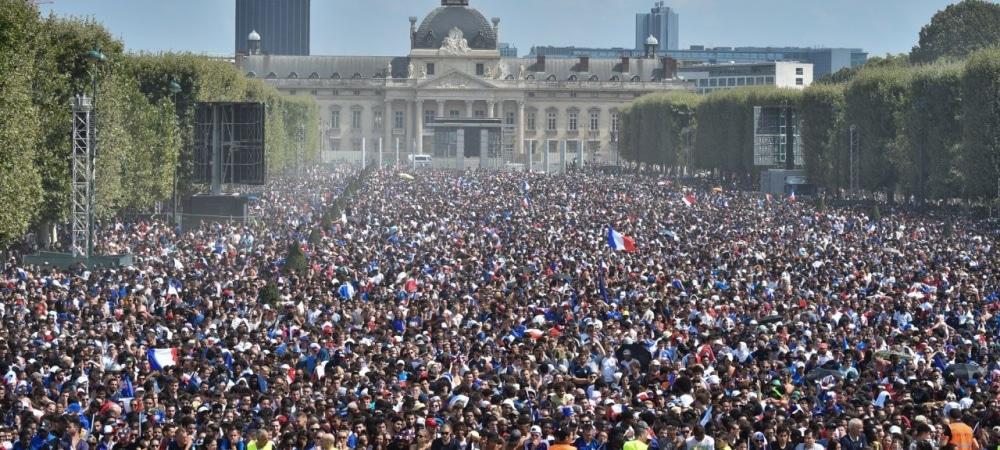 Coupe du Monde 2018 Les 4 plus grosses gamelles de supporters à Paris grande