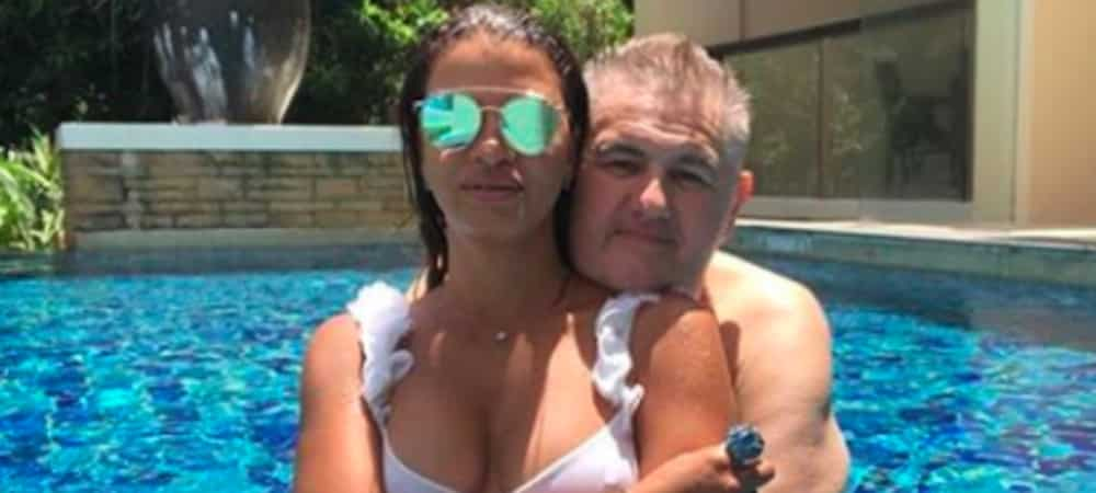 Pierre Ménès Il menace de mort un internaute qui se moquait de sa femme sur Instagram grande