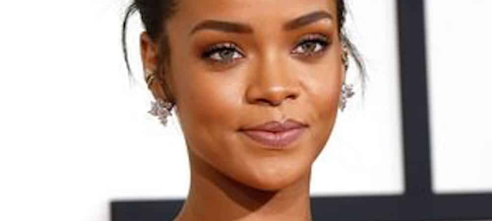 Instagram: Rihanna dévoile un look classe et naturel avec son maquillage Moroccan Spice !
