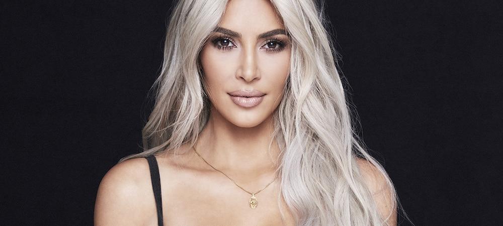 Instagram: Kim Kardashian dévoile un look de Barbie avec un maxi décolleté !