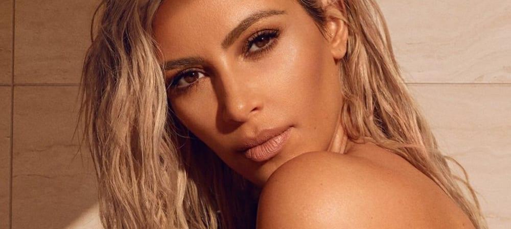 """Kim Kardashian remporte le prix """"Best Contour Kit"""" par le magazine Allure !"""