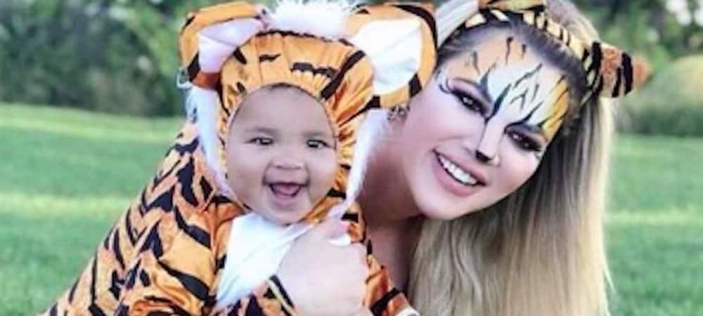 Instagram: Khloe Kardashian déguise True en cochon, en mouton et en tigre !