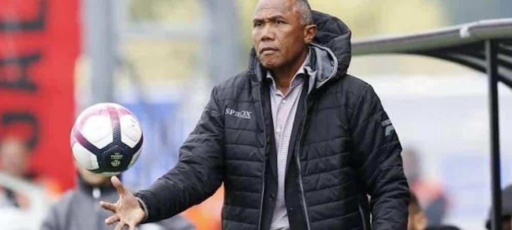 Guingamp: le club a viré Antoine Kombouaré !