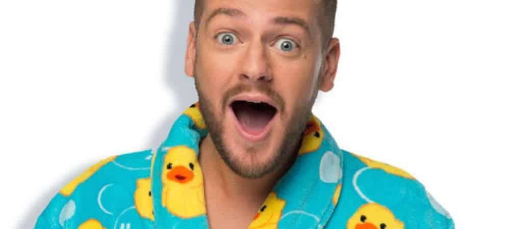 Instagram: Jeremstar fait une pyjama party dans une tenue très gênante !
