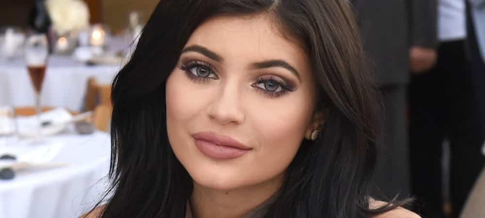 Instagram: Kylie Jenner va sortir sa 3ème collection annuelle de vacances !