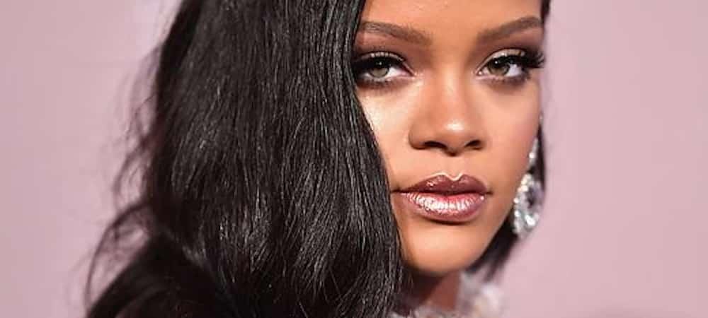 Instagram: Rihanna dévoile un tuto pour refaire son makeup Wild Thoughts !