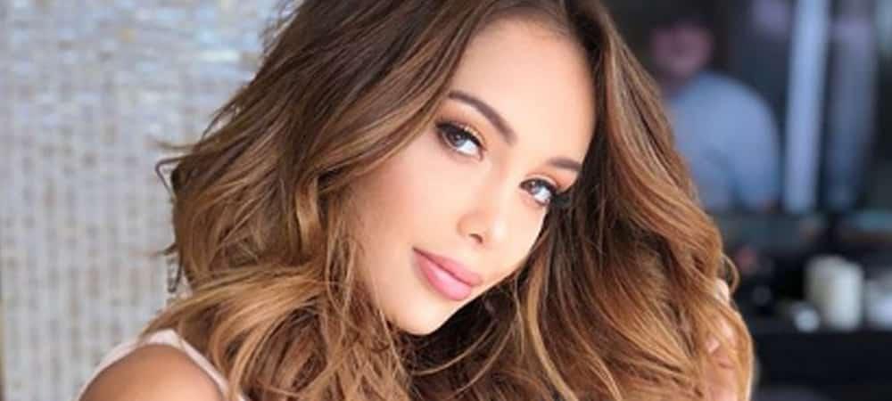 Nabilla s'affiche ultra maquillée et sexy sur Instagram !