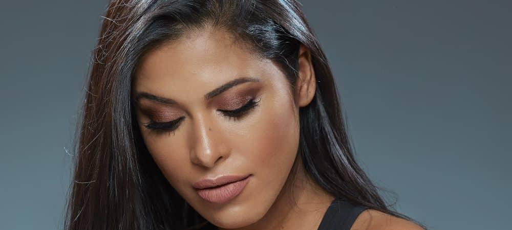 Instagram Ayem fait gagner sa collection de lipsticks Joli Secret grande