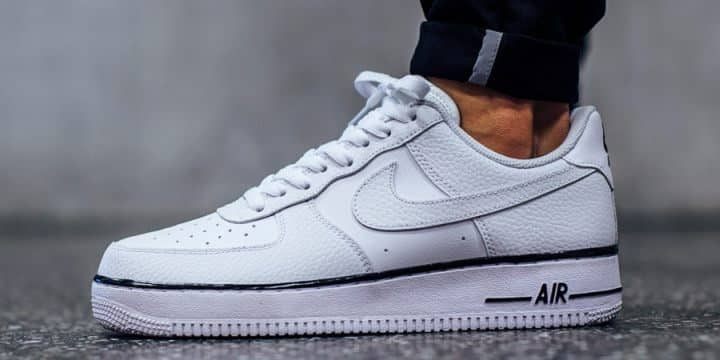 Soldes > chaussures air force one homme > en stock