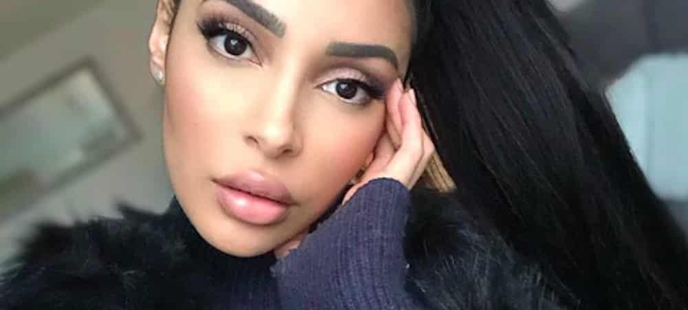 Instagram: Sananas dévoile fièrement son makeup du jour !