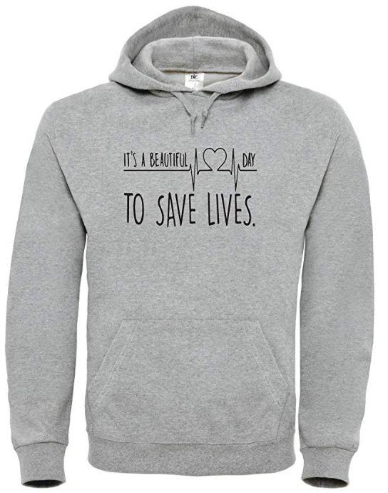 2 Un hoodie gris pour ne plus avoir froid grâce à ta série préférée