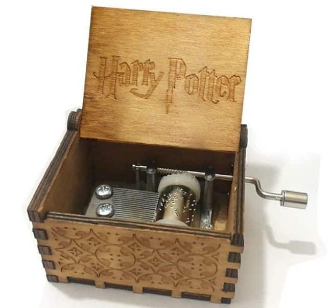 2 Vous adorez la musique de la saga, vous pouvez opter pour cette boite à musique