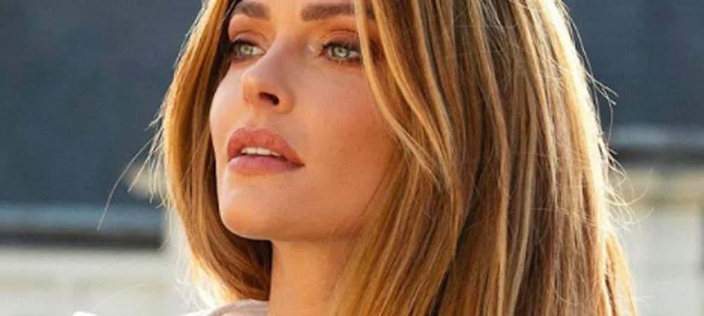 Instagram: Caroline Receveur s'affiche avec des yeux de biche !