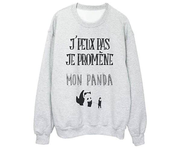 10 Si vous cherchez une bonne excuse pour ne pas aller dîner chez mamie, ce pull vous plaira énormément car tu pourras dire « j'peux pas je promène mon panda
