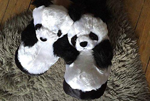 14 Tu as souvent froid au pied à cause du carrelage froid, et si tu te faisais offrir une belle paire de chaussons panda