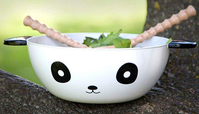 18 En préparation de l'été, vous comptez manger des salades. On a trouvé le saladier qu'il vous faut