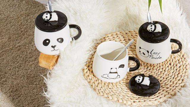 2 Tu aimes boire du café ou du thé tous les matins, on a trouvé cette tasse panda trop mignonne pour toi