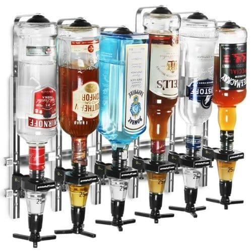 3 Votre papa n'a pas encore un bar digne de ce nom, offrez lui ce lot de 6 distributeurs de bouteilles d'alcool avec doseur 25ml à accrocher au mur