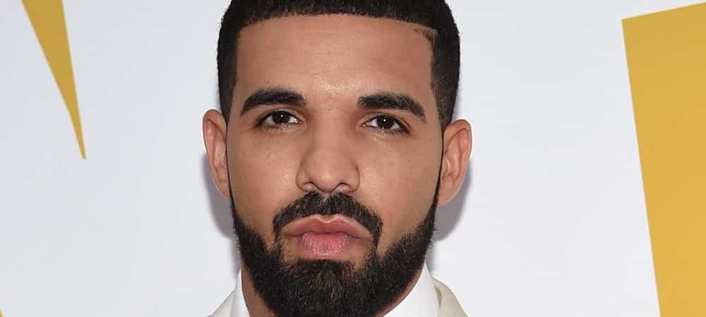 Drake un carnet avec les premières chansons de l'artiste est en vente !