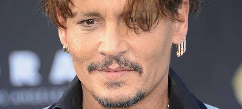 Johnny Depp se dit à nouveau être la « victime » de Amber Heard