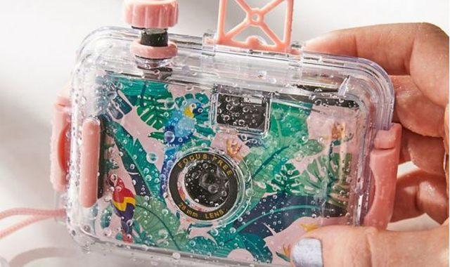 10 Cet été vous allez pouvoir prendre des photos partout. Que ce soit sur le sable ou aussi sous l'eau