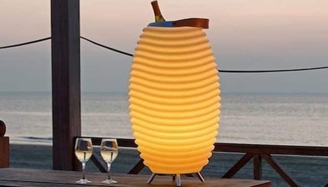 10 Lampe d'ambiance, enceinte bluetooth et glacière pour garder vos boissons au frais, que demander de plus